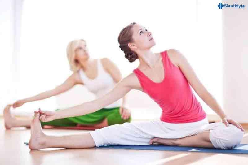 Những động tác yoga điều trị chứng ngưng thở khi ngủ. (Ảnh: Internet)