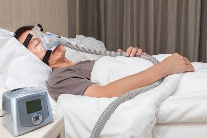 Máy trợ thở cho người già rất hữu dụng với những bệnh nhân mắc các bệnh về đường hô hấp, nhất là chứng ngưng thở khi ngủ
