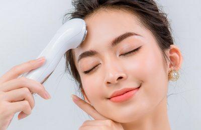 Review máy massage mặt, thiết bị làm đẹp tại nhà được nhiều chị em ưa thích và tin dùng
