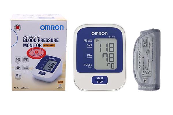 Máy đo huyết áp điện tử bắp tay Omron Hem-8712 thương hiệu Nhật Bản